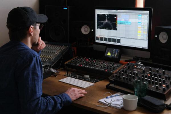 Stem Mixing & Feedback by label boss Jonas Saalbach. Radikon.